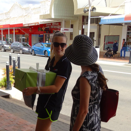 Shopping in Main St West Wyalong